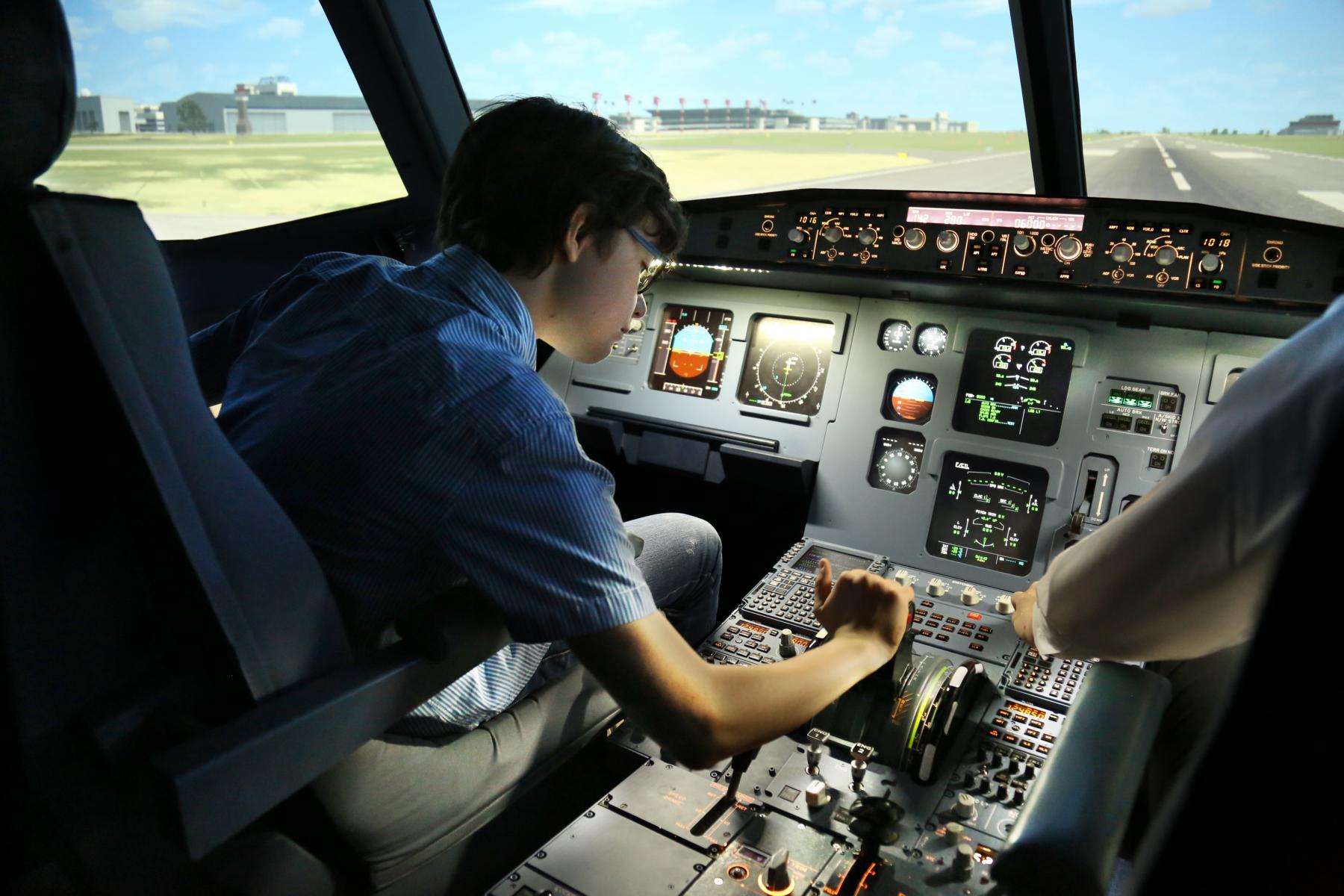 Airbus A320 Berlin, JetSim